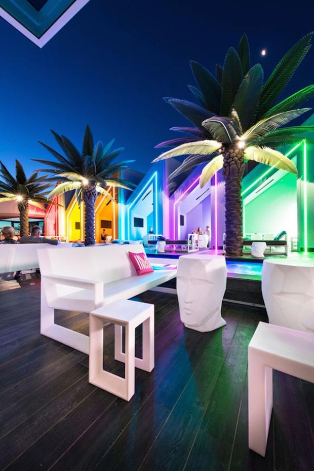 14-matisse-beach-club-by-oldfield-knott-architects-scarborough-australia
