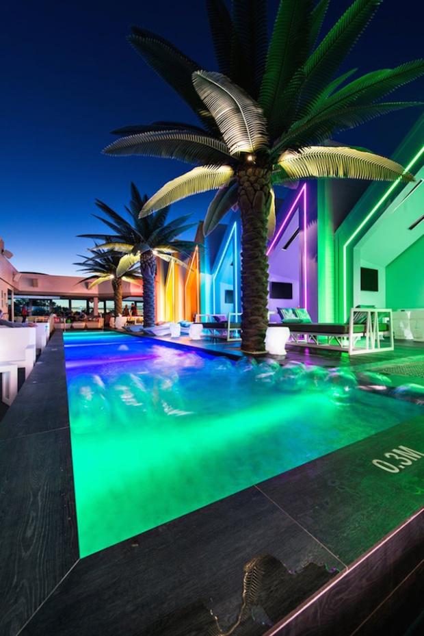 17-matisse-beach-club-by-oldfield-knott-architects-scarborough-australia